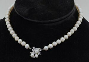 14K white gold high fashion .26CTW diamond 7.3-7.5mm pearl strand necklace