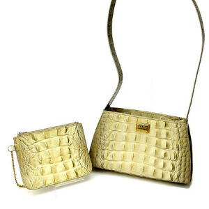 Gianfranco Ferre Shoulder bag Beige Woman Authentic Used H202