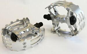 "Old School BMX Beartrap Pedals Silver - 9/16"" Three Piece Cranks"