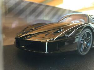Ferrari FXX Evolutione schwarz selten 1:18 HOT WHEELS