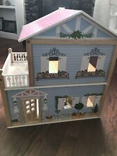 KidKraft dollhouse (plus some additional items - see photos)