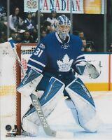 Frederik Andersen Toronto Maple Leafs UNSIGNED 8x10 Photo (B)