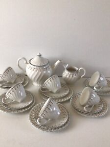 "Johnson Brothers ""Dreamland"" Tea Set Of 20 Pieces."