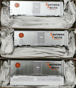 Accurail HO #8105 Southern Pacific-OVernights  (3Pack)