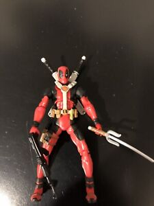Deadpool Marvel Legends Action Figure, Complete 3.75""
