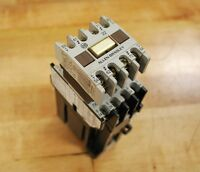 Allen Bradley 700DC-F400*, Series B,Contactor 24vdc. Coil with 195-FA22/A