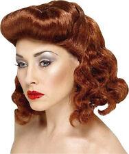 Perruque rousse mi longue cheveux ondulés coiffure pompadour pinup rétro vintage