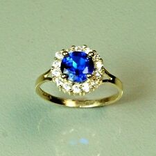 14k solid yellow gold childerens Blue Sapphire gorgeous ring 1.2gram, size 3