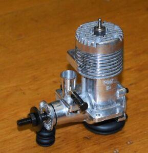 1973 Fox 19 control line model airplane engine vintage .19 glow motor 3.2cc