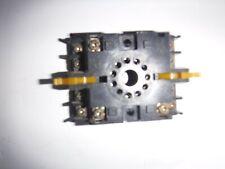 Omron P2Cf-11 Relay Socket
