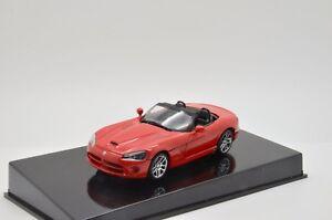 RARE !! Dodge Viper SRT-10 2003 Red Auto Art 51701 1/43