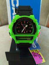 Reloj Casio Rara Vintage Verde sólo uno en el mundo. necesito dinero hacer oferta