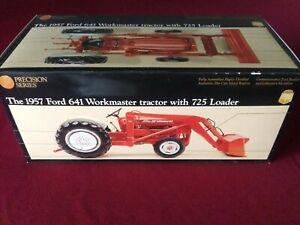 PRECISION SERIES 1957 Ford 641 Workmaster Tractor w/725 Loader #383 Ertl 1:16