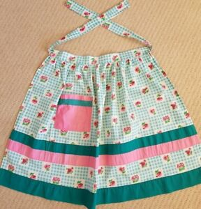 3 geniune vintage 1960s cotton aprons