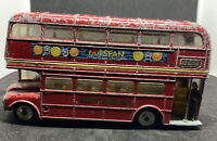 CORGI Toys LONDON TRANSPORT ROUTEMASTER WITH CONDUCTOR PLAY WORN (LocLed003)