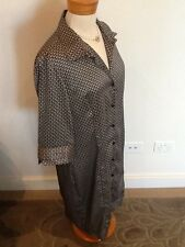 Brown Sugar 14 black and white silky collared shirt dress - plenty of stretch