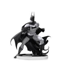 Batman Black & White Statue by Tim Sale 2nd Edition UK Seller