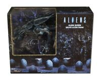 Aliens - Ultra Deluxe Boxed Action Figure - Xenomorph Alien Queen - IN BOX