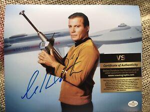 William Shatner Autographed Star trek 8 X 10 Photo Signed  As Captain Kirk COA