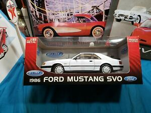 RARE WELLY 1986 FORD MUSTANG SVO WHITE 1/18 DIECAST CAR  BEAUTIFUL VERY NICE CAR