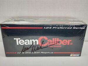 1:24 Autographed Mark Martin #6 Viagra 2004 Team Caliber Diecast Sealed