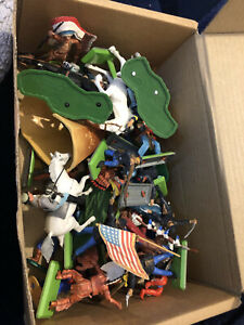 Britains And Timpo Mixed Lot - US Cavalry Confederate Cowboys American Indians