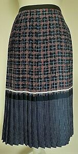 TU Premium Collection Woman's Blue/Red/White Lined Pleated Skirt - Size 18 uk