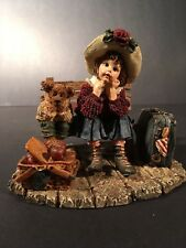 1998 The Boyds Collection Waiting For Grandma Figurine The Home Again Series #12