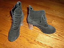 Womens 100% AUTH DKNY Black Suede Ankle Boots Shoes Size 6 M MADE IN ITALY!!