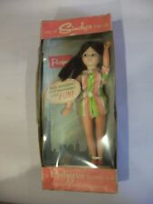 RARE vintage Pedigree Sindy doll Comme neuf in box ~ long haired Jouet & Charme