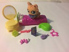 LPS #7 Littlest Pet Shop Lot 11p Cat Chair Bed Passport Collar Hanger Comb HB2