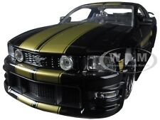 2006 FORD MUSTANG GT BLACK W/ GOLD STRIPES 1/24 DIECAST MODEL BY JADA 90658 YV
