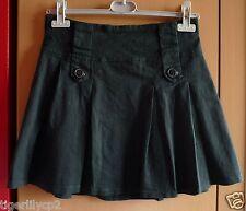 Zwarte korte rok met plooien Maat M