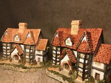 david winter cottages ~ The Shirehall ~ English Village Collection Coa Box Mint