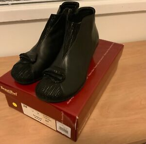 Beautifeel  black Leather/Trateggio Suede ankle boots SZ: 38