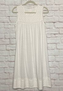 Small New Shabby Chic Rachel Ashwell White Cotton Knit Floral Lace Nightgown