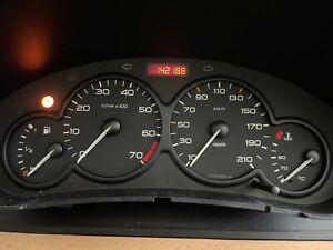 142188km Tacho Kombiinstrument Peugeot 206 (2 Stecker); Inzahlungnahme möglich