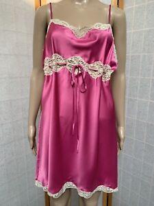 VICTORIA'S SECRET Pink Slinky Satin W/Cream Lace Chemise Nightgown Size L Slip