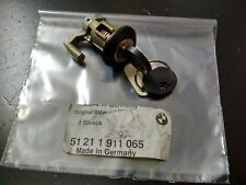 BMW E30 door catch with key left !!NEW!! GENUINE 51211911065