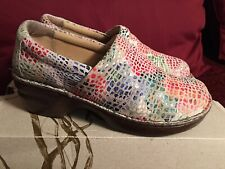 B.O.C. Born Concepts Peggy Off White/Multi Textured Design Leather Shoes 8M