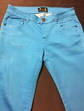 EUC JC & JQ Women's Jeans/Skinny Leg Low Rise Blue Color Sz.7 Inseam 31