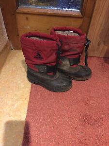 warme Kamik Stiefel in der Größe 27 mit Innenschuh