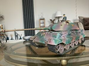 Tamiya 1:16 R C King Tiger Porsche Turret Tank + Comms