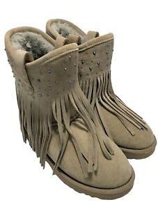 KOOLABURRA BY UGG BEIGE SHEEPSKIN BOOTS, 6, $395
