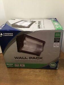 150-Watt Bronze Metal Halide Outdoor Wall Pack Security Light (bulb Included)
