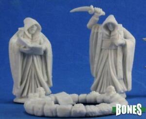 Reaper Miniatures 77351: Cultists and Circle (3) - DH Bones Plastic Mini