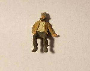 Arttista Hobo Sitting #1619 - O Scale On30 Figures People - New