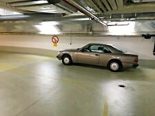 Rarität: Oldtimer Mercedes Benz C124 300 CE Coupé von 1989