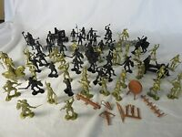 MARX toy soldiers Knights battle lot over 75 pieces 2 armies with acc's, playset