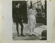 PHOTO CINEMA : CHARLIE CHAPLIN dans LIMELIGHT (Feux de la Rampe) 1952 G. Sadoul